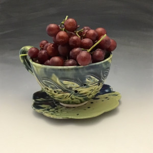 Berry Bowl in Green
